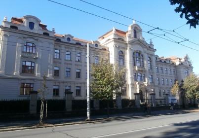 Historická budova bývalého ústavu hluchoněmých Hradec Králové