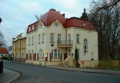 Budova umělecké školy, Doksy